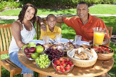 American Family enjoying Organic food